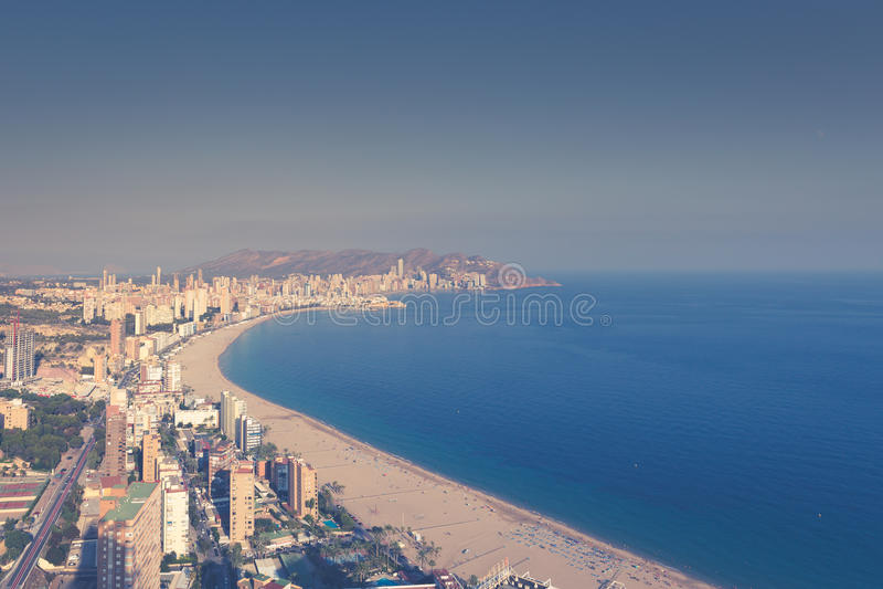 Benidorm levante plaży widok z lotu ptaka w Alicante Spain fotografia stock