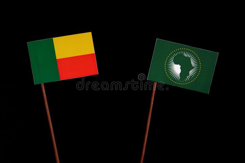 Download Benin-Flagge Mit Der Flagge Der Afrikanischen Union Lokalisiert Auf Schwarzem Stockfoto - Bild von finanzierung, abbildung: 96934584