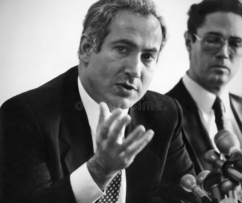 Benjamin Netanyahu und Arye Lewis lizenzfreie stockbilder