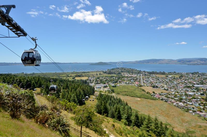 Benne suspendue de gondole d'horizon Rotorua - au Nouvelle-Zélande images libres de droits