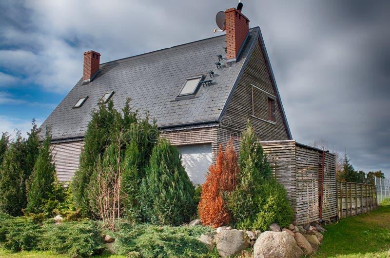 Bens imobiliários no país, projeto moderno fotografia de stock royalty free