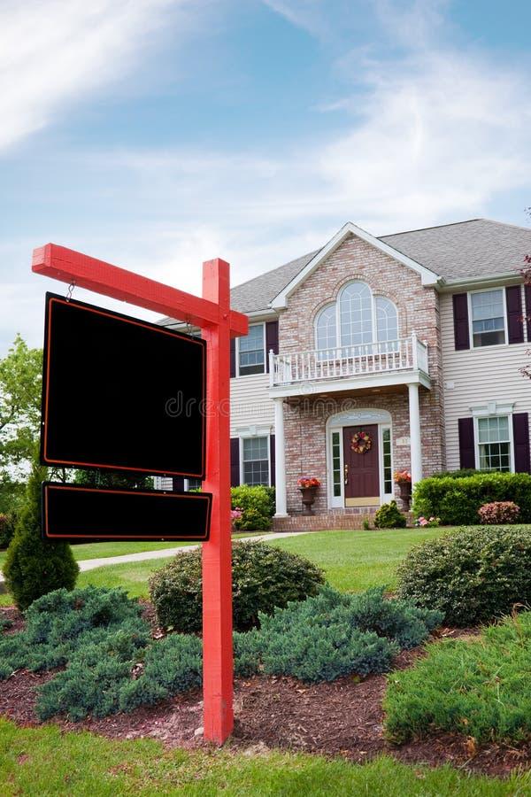 Bens imobiliários para o sinal da venda fotografia de stock royalty free