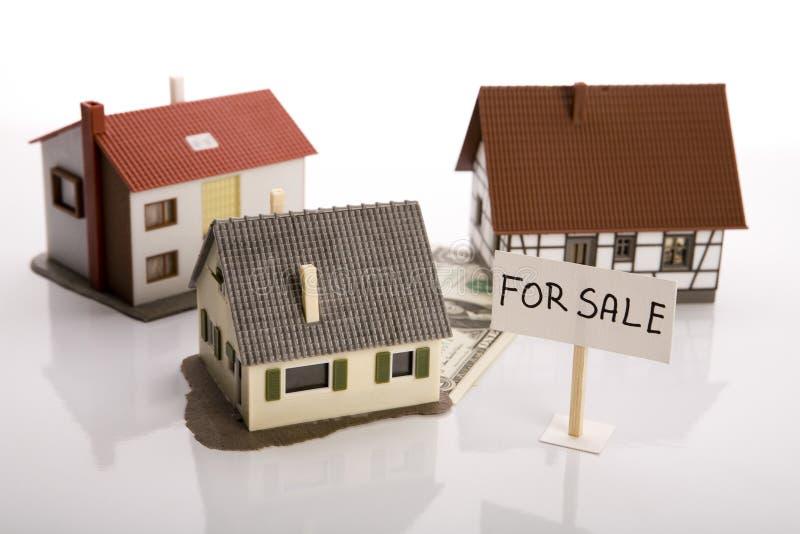 Bens imobiliários - para a venda imagens de stock royalty free