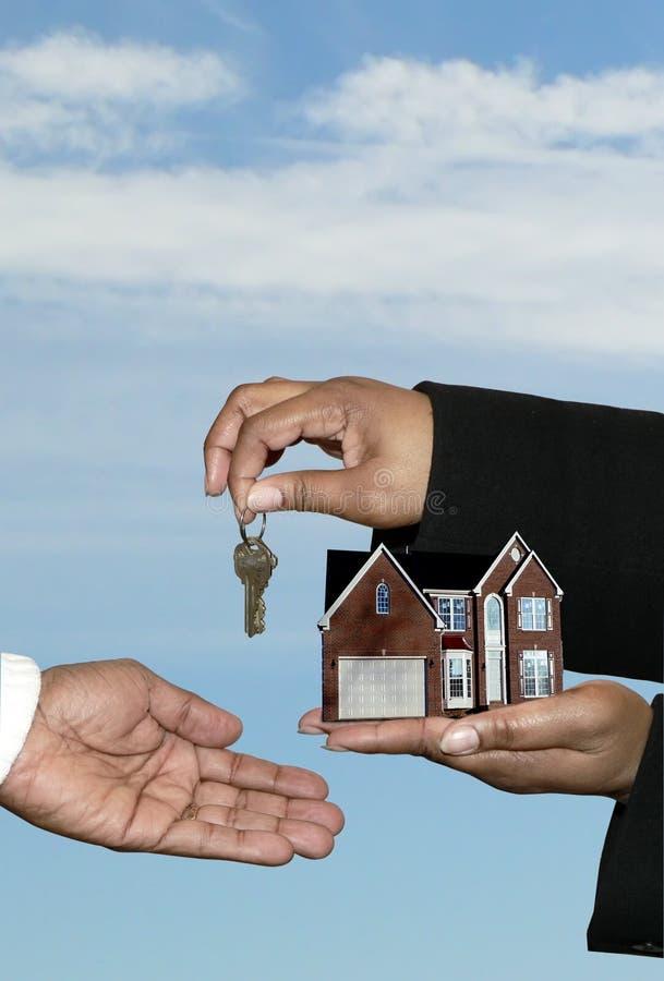 Bens imobiliários - venda home 3 fotografia de stock royalty free