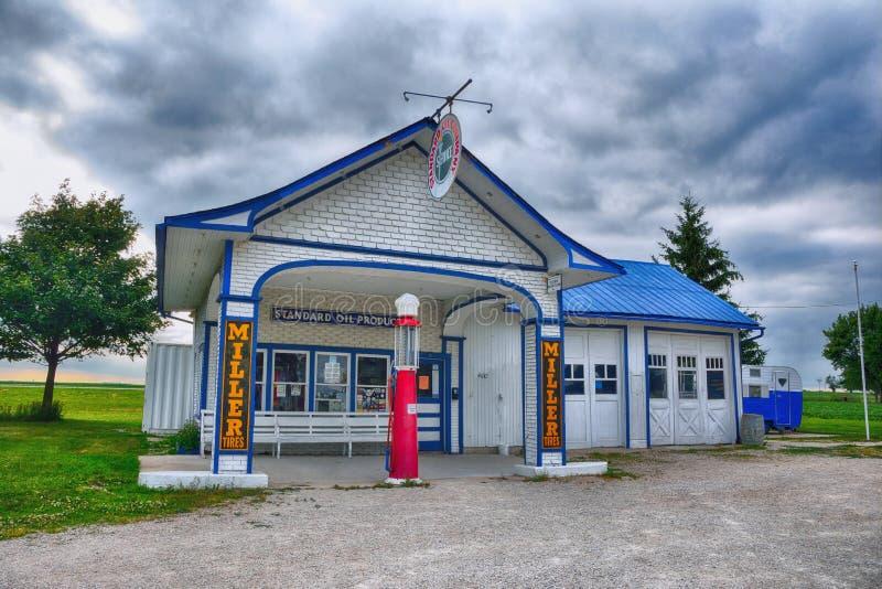 Bensinstation för olja för normal för mjölnare` s, på Route 66 royaltyfria foton