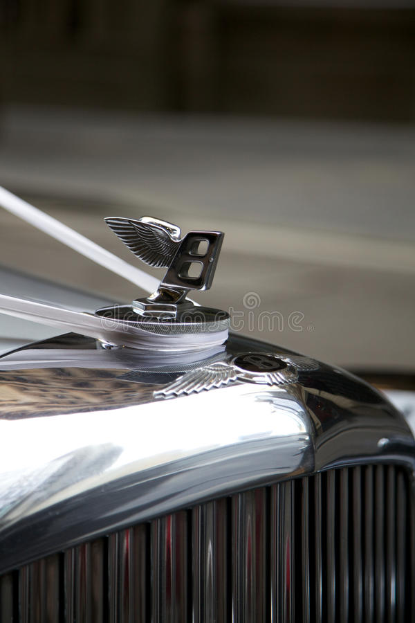 Free Bentley, Classic Handcrafted Luxury Car Stock Images - 18570404