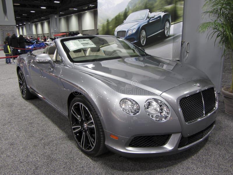Bentley de plata lujoso imagenes de archivo