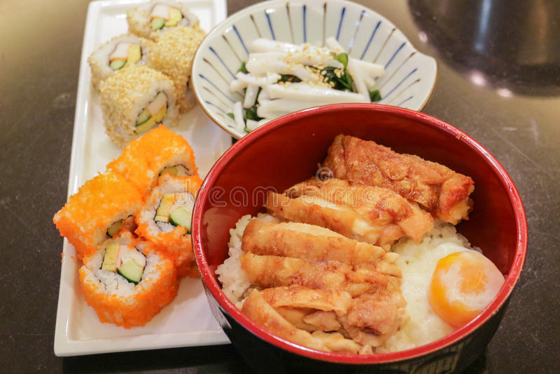 Bento, stile giapponese dell'alimento fotografia stock libera da diritti