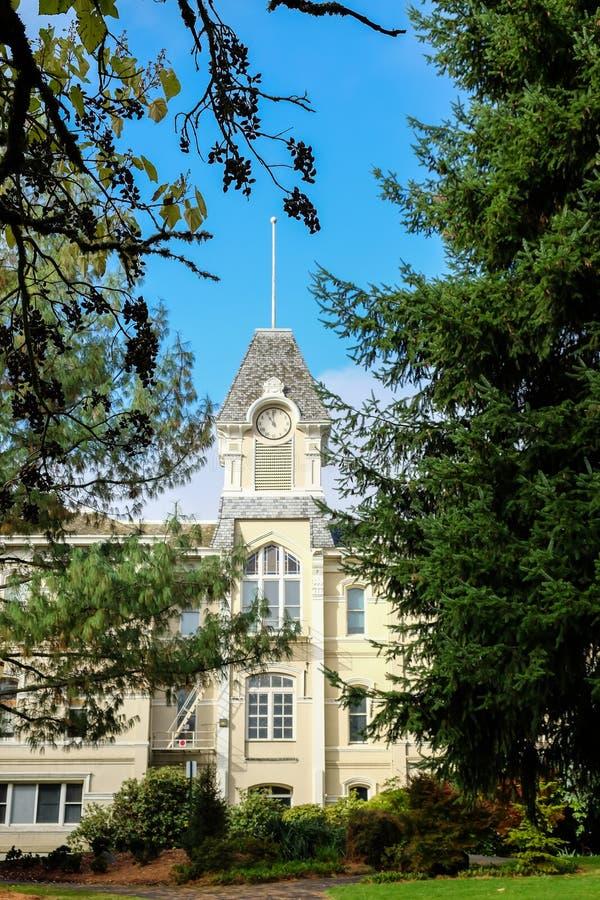 Benton Hall en el campus de la universidad de estado de Oregon, Corvallis fotografía de archivo libre de regalías