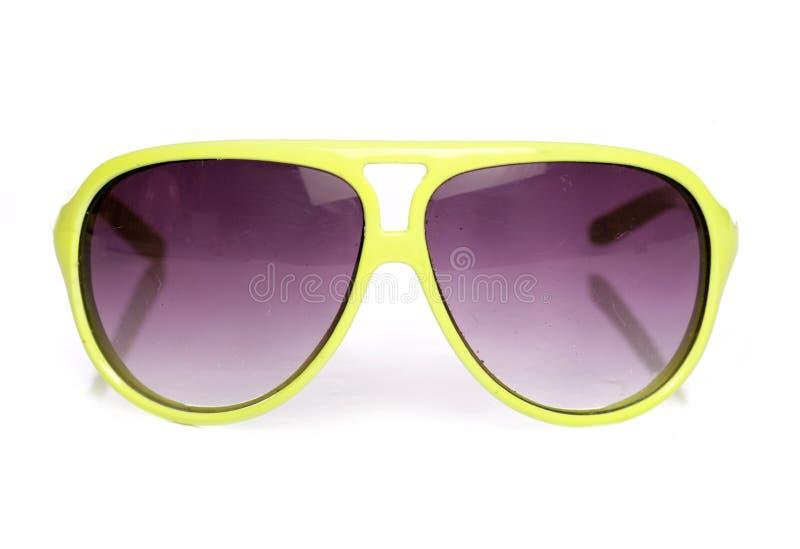 Benutzte gelbe Retro- Sonnenbrillen lizenzfreies stockfoto