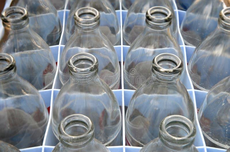 Benutzte Sodawasserglasflasche stockfotografie