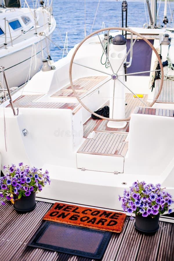 Benvenuto all'yacht immagini stock