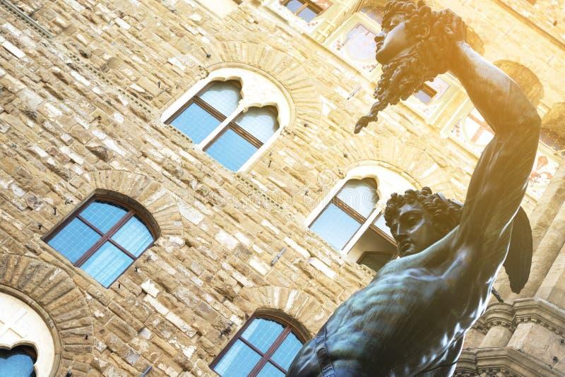 Benvenuto Cellini Perseus med huvudet av Medusaloggiadei L royaltyfri foto
