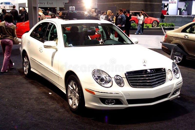 Benz της Mercedes E320 στοκ εικόνες