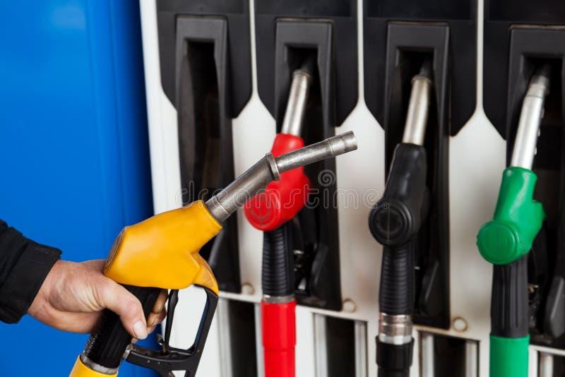 Benzinstationkraftstoffpumpen lizenzfreies stockfoto