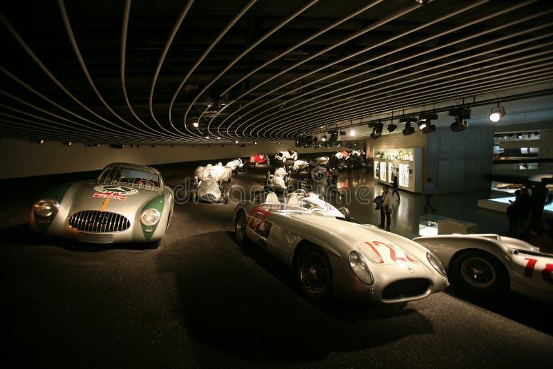 benzmercedes museum royaltyfria bilder