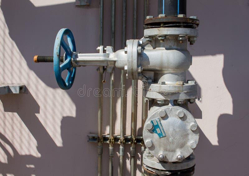 Benzynowej klapy systemy budynek obraz royalty free
