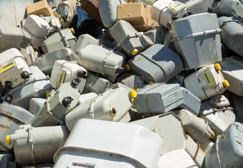 Download BENZYNOWI Metry W Wysypisku Obraz Stock - Obraz złożonej z widok, odpady: 53792517