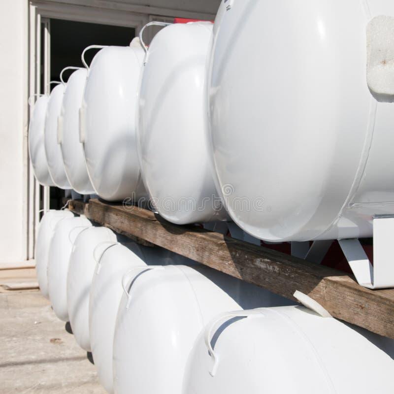 Benzynowi zbiorniki fotografia stock
