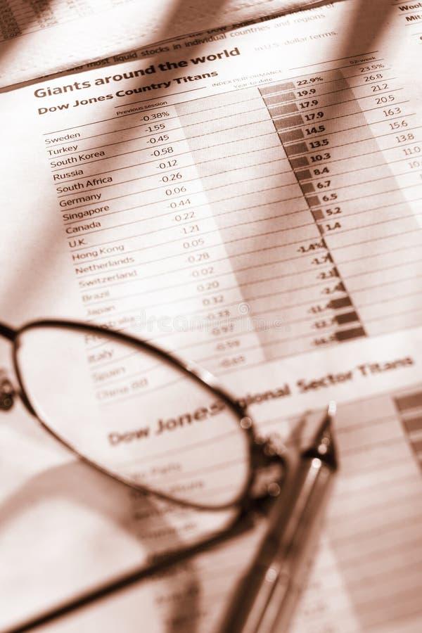 Beobachtung des globalen Wirtschaftswachstums stockfoto