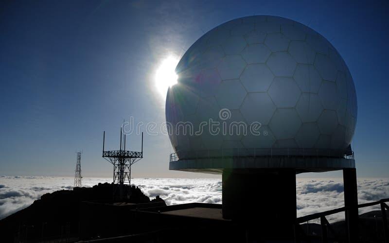 Beobachtungsgremium auf pico tun arieiro, Madeira, Portugal stockbilder