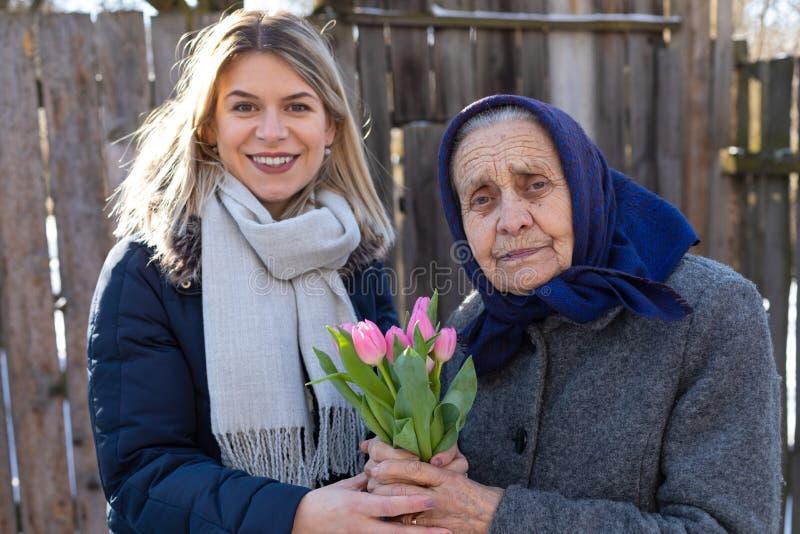 Beröm för dag för kvinna` s royaltyfria foton