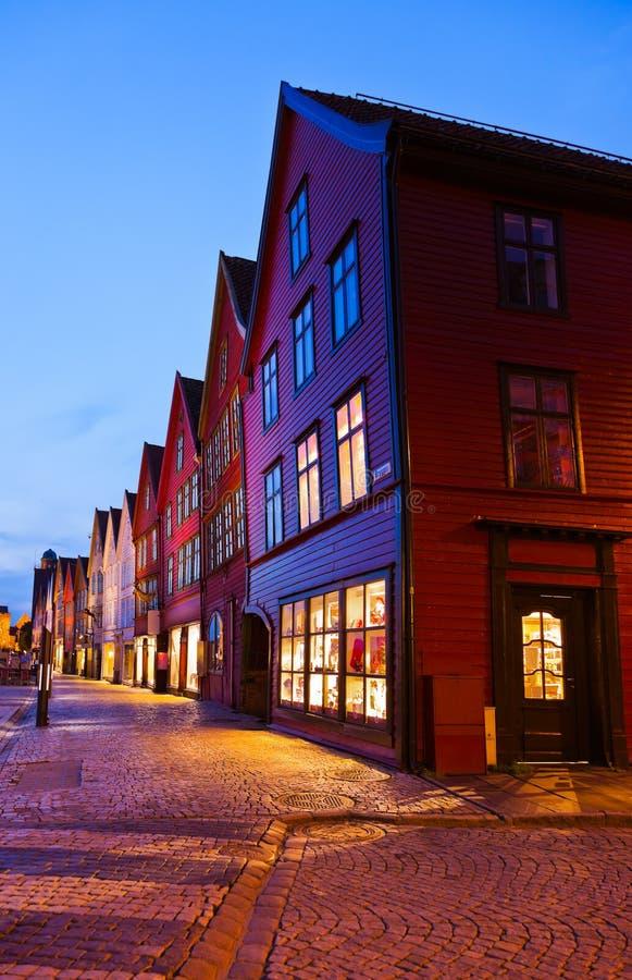 Berömd Bryggen gata i Bergen - Norge arkivfoto