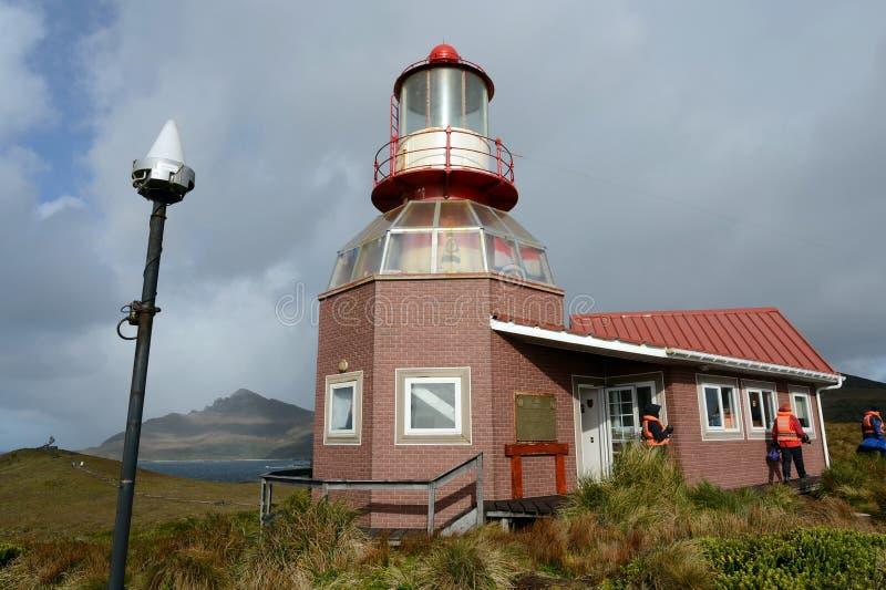 Berömd fyr på uddehornet - den sydligast punkten av skärgården av Tierra del Fuego som tvättas av vattnet av Drake arkivfoton