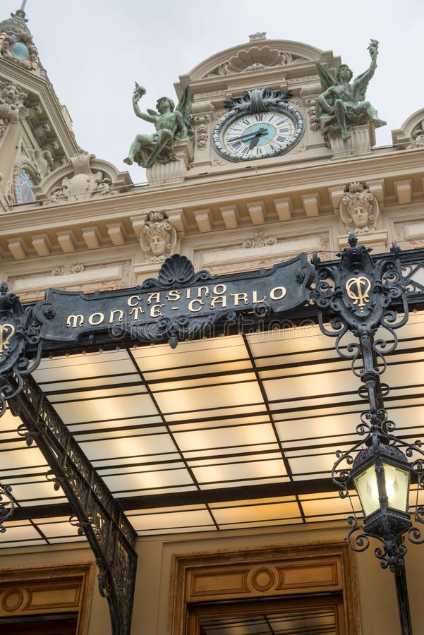 Berömd kasino i Monte - carlo arkivfoton