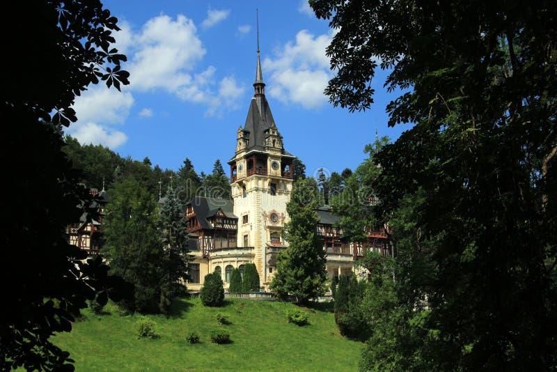 Berömd kunglig Peles slott - Sinaia - Rumänien arkivfoto