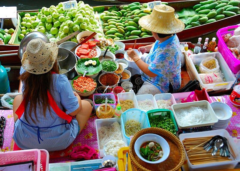 berömd matmarknad arkivfoton