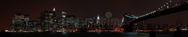 berömd ny natthorisont york royaltyfri bild