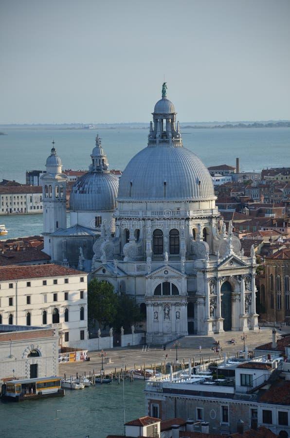 Honnör för BasilicadiSanta Maria della - Venedig - Italien arkivbild