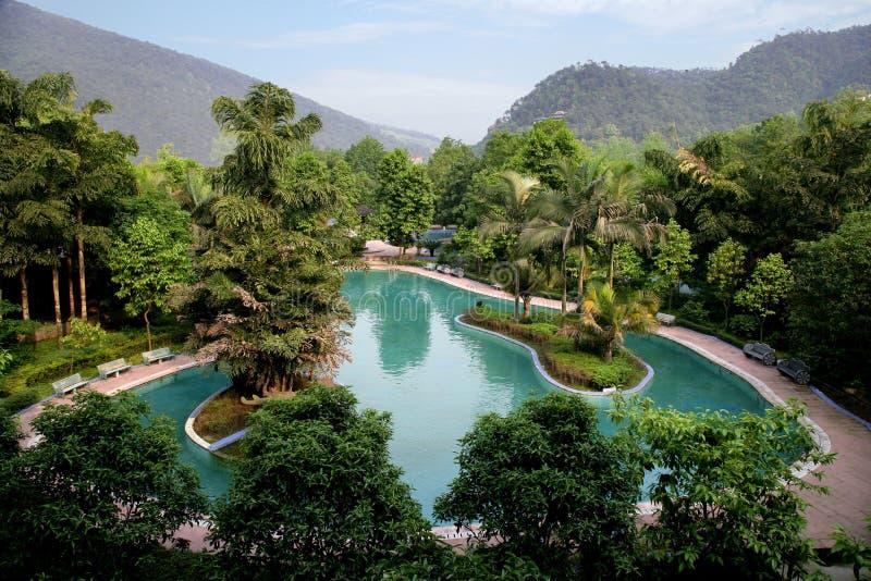 Berömd turist- scenisk fläck himmelska Chongqing East Hot Springs Spa för kines arkivfoton