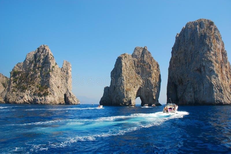 berömda örocks för capri royaltyfria foton
