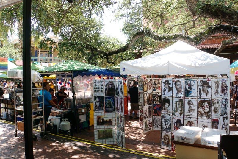 Berömda framsidor på San Antonio Market Square fotografering för bildbyråer
