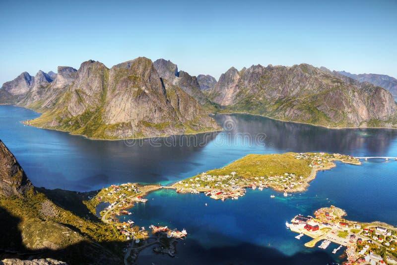 Berömda Lofoten, Norge landskap, Nordland royaltyfria foton