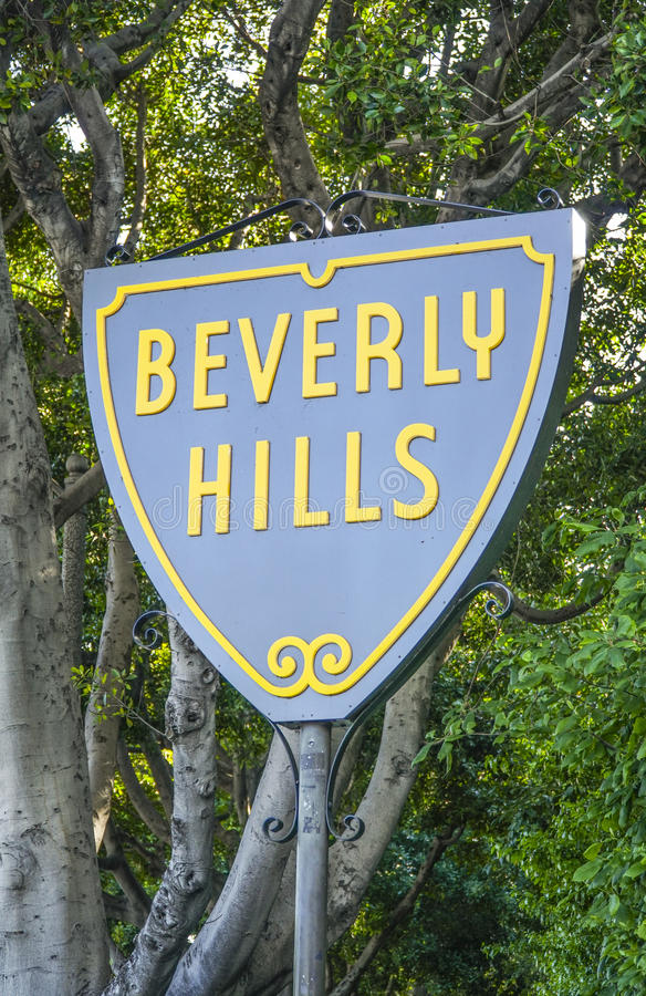 Berömt Beverly Hills tecken - LOS ANGELES - KALIFORNIEN - APRIL 20, 2017 royaltyfri fotografi
