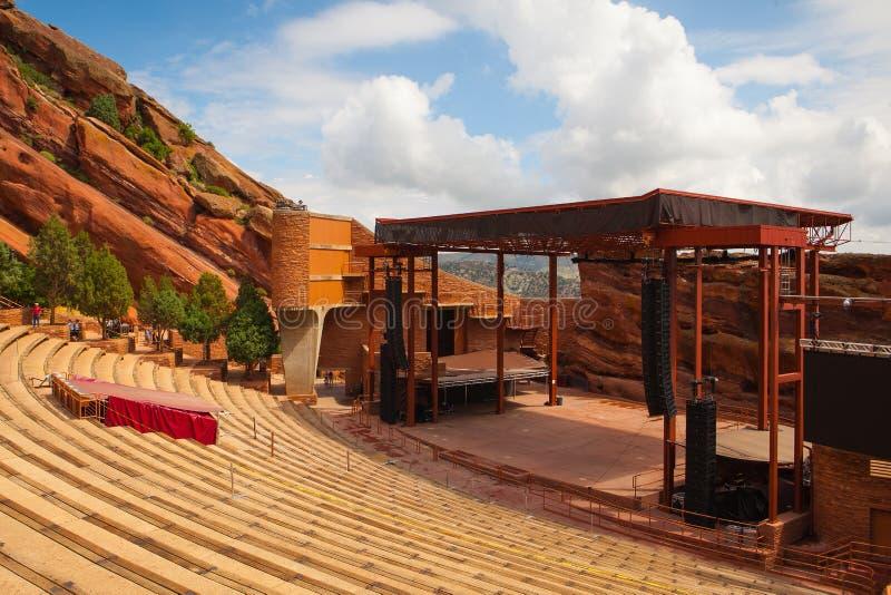Berömt rött vaggar amfiteatern i Denver arkivbild