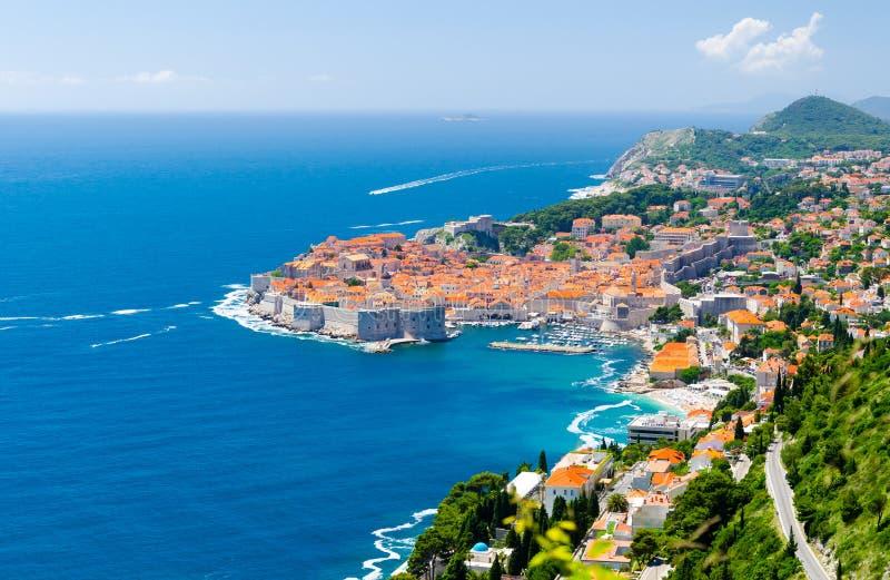Berühmte Ansicht über alte Stadt Dubrovnik in Dalmatien, Kroatien lizenzfreie stockfotos
