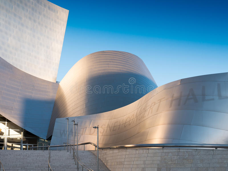 Berühmter Walt Disney Concert Hall lizenzfreie stockfotos