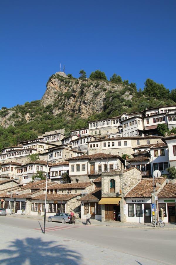 Download Berat redaktionell arkivfoto. Bild av town, albacoren - 78725173