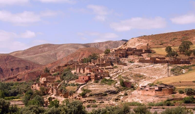 Berber-Dorf in Marokko stockfotografie
