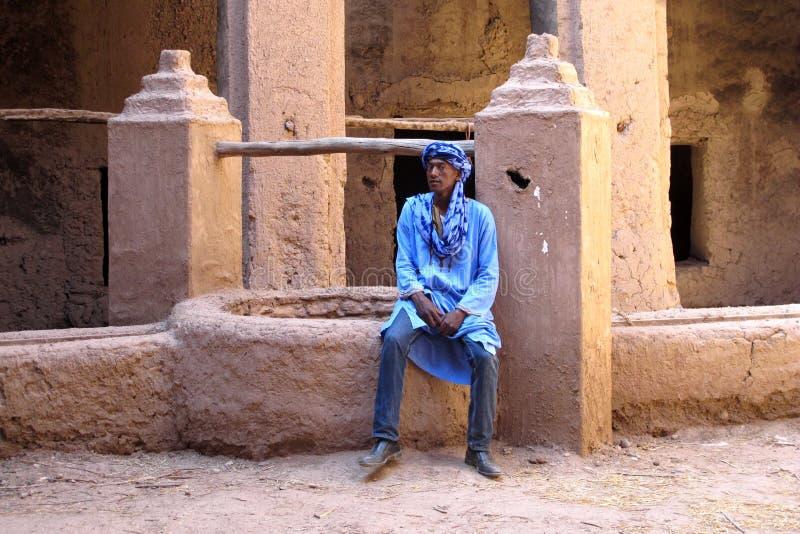 Berber w błękicie, ait, Maroko obrazy stock