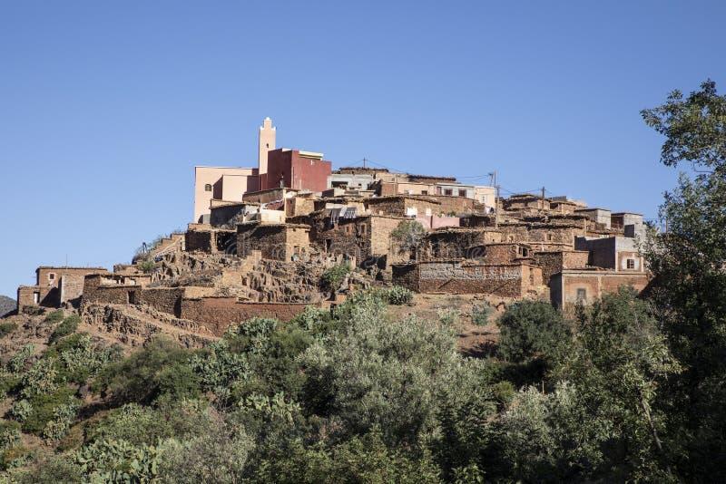 Berberdorp in Atlasbergen Marokko royalty-vrije stock foto