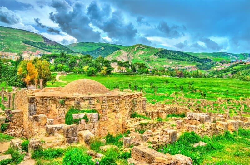 Berbero-römische Ruinen bei Djemila in Algerien stockfotos