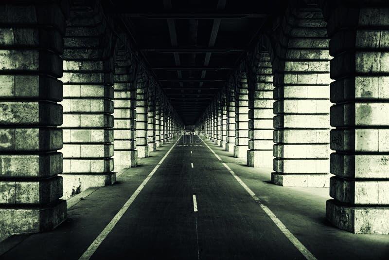 Bercy-Brücke in Paris stockbild