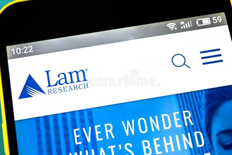 Berdyansk, Ucrania - 18 de abril de 2019: Editorial ilustrativo del homepage de la página web de Lam Research Logotipo de Lam Res foto de archivo