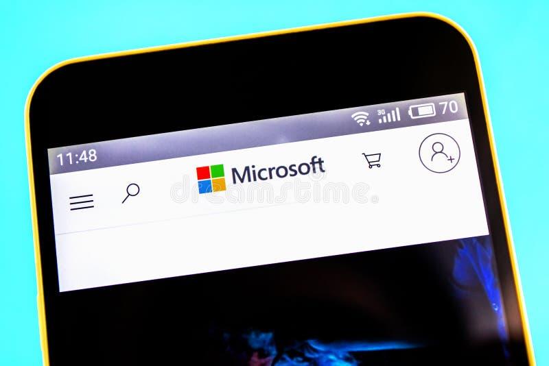 Berdyansk, Ucrania - 25 de abril de 2019: Editorial ilustrativo del homepage de la página web de Microsoft Logotipo de Microsoft  imagenes de archivo