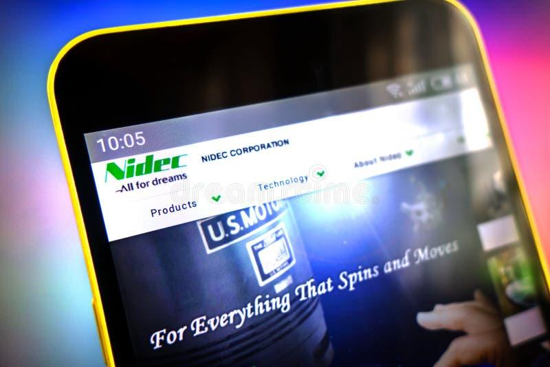 Berdyansk, Ucrania - 30 de marzo de 2019: Editorial ilustrativo, homepage de la página web de Nidec Logotipo de Nidec visible en  foto de archivo